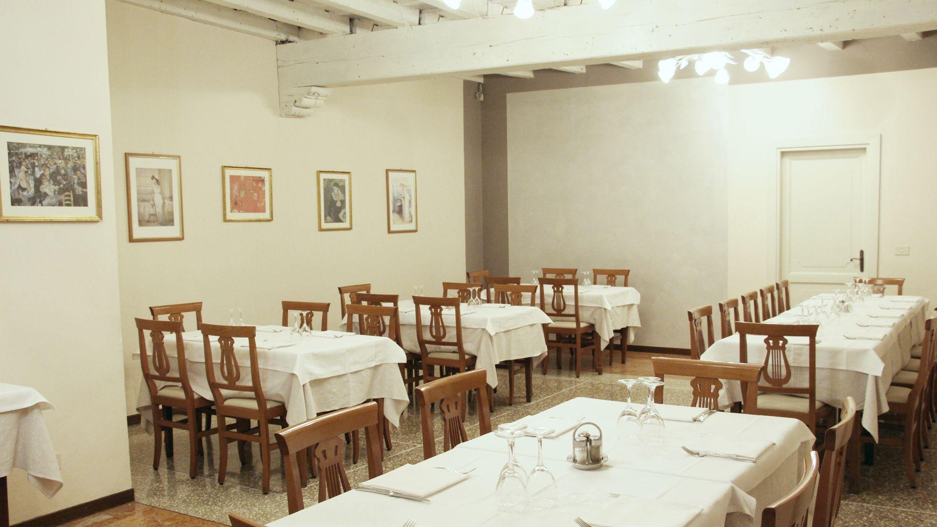 Saletta per Ricevimenti - Ristorante Pizzeria Quattro Camini - Poncarale